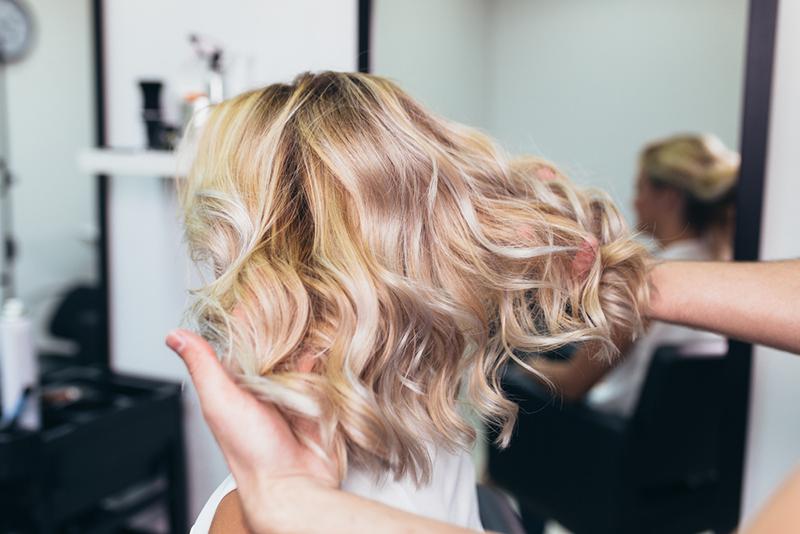 coiffure-carre-wavy-salon-coiffure