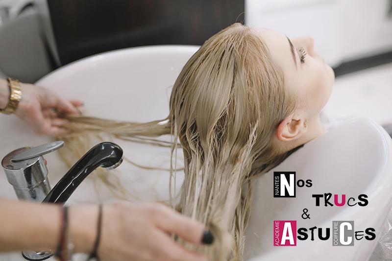 Nos Trucs & Astuces Nantes Académie Coiffure : tutoriel le shampooing